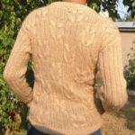 Мужской пуловер с узором «Коса»
