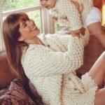 Вяжем пуловер для мамы и ребенка
